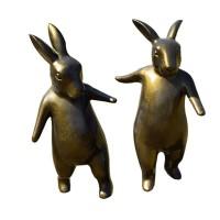 Mô hình composite thỏ giả đồng sang trọng